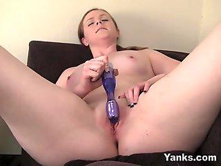 Yanks red-haired Claire's enormous spunk