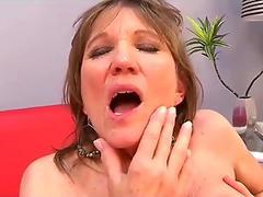Dainty little Thai girl fucked by white guy