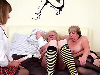 OldNannY British Mature Ladies Pussy Treatment