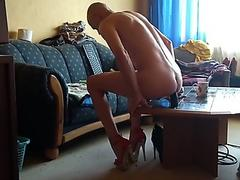 RachelSexyMaid gets a naked pounding from Fuck Machine in the Manchester Dungeon