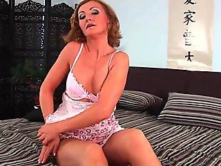 Eva Notty Hunts The Best Dick