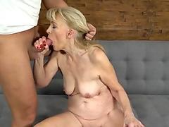 Busty latina chick Lisa Daniels horny solo masturbation action