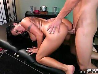 Tiny Kimber Lee & BBW Angelina Castro Give Dildo A FootJob!