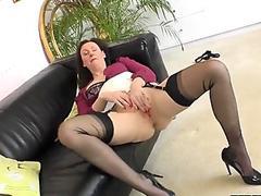 Masturbating mature brit fingerfucked