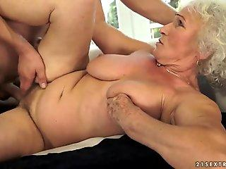 Glossy bitch shows herself