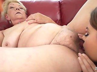 Brazzers - Sexy Milf Ania Kinski Loves Big Cocks