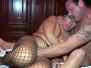 Very huge anal toy on webcam