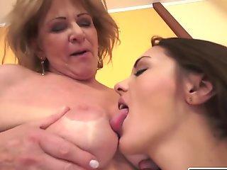 Dominica makes Lesbian Love to a Granny