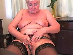 [faphotcam.com] Teenage Cousin having Orgasm on cam
