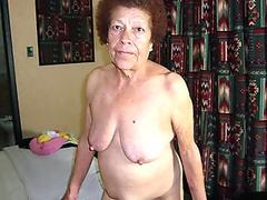 MILF Gets Rimmed And Pussylicked By Teen