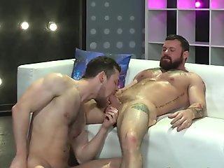 Hung stallion sucks cock