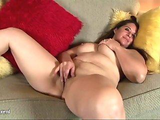 Joanna Bujoli aime se faire dilater le cul