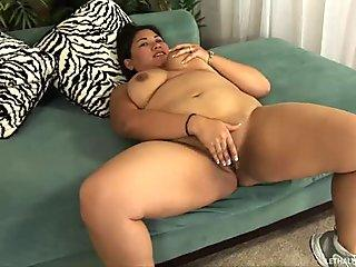 Chubby girl Tjung Lee gets fucked by slim guy