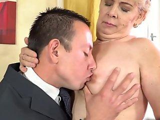Make him cum so fast - MiniBlondie