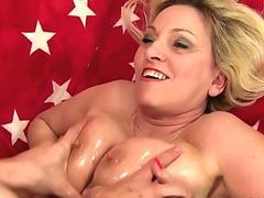 Zesty Japanese hottie Arisa Suzuki gets her cunt eaten and fingered