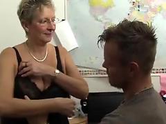 Sexy hottie Lisa Daniels and Tiffany Taylor sharing a big hard dick