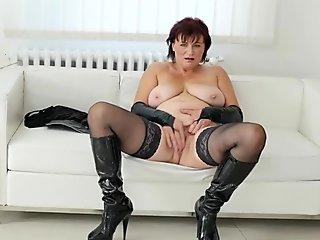XXX Omas - Big Ass German Granny Gives Head And Rides Cock - AmateurEuro