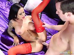 Buxom Brandy Aniston took that fat dick in her tight ass hole