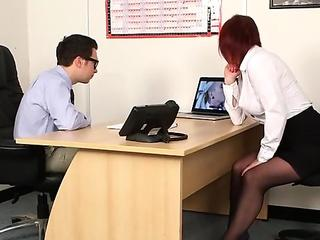 Unusual centerfold gets sperm load on her face sucking all the ejaculate
