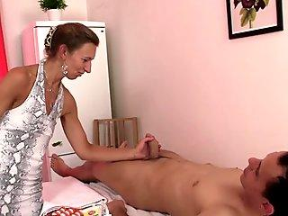 He drills skinny grandma masseur from behind