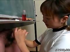 Itsuki Wakana gives a lovely hand-job