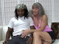 Leilani Lei meets Shimmy TRAILER