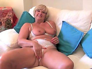 Sexy Milf trains Step-Daughter How To Have girl/girl fun