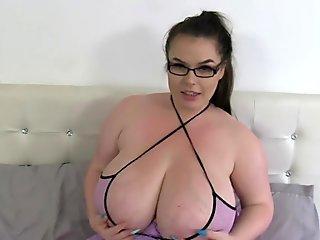 ample titties Gina G plaything Fun