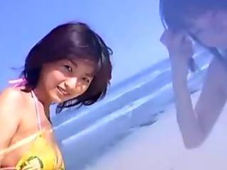 Angel looking Yuka Hirata goes shopping