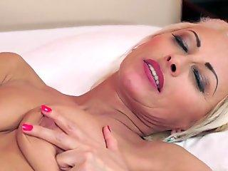 Mature blonde got creampied by her younger boy toy