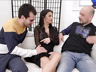 Sharon Lee satisfies the hung fellow with a filthy suck off