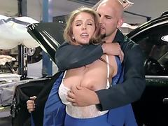 Busty MILF gets her pussy serviced as well