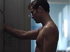 Ator Daniel de Oliveira pelado no filme Aos Teus Olhos